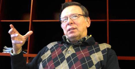Juhani  Julin käytti viimeiset kolme vuotta elämästään paljastaakseen kirkon johdolle vapaamuurariuden todelliset kasvot.