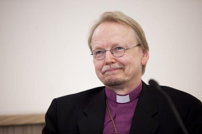 Kari Mäkinen ottaa esille ehtoollisyhteyden Vatikaanissa - Seurakuntalainen
