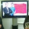 Savonlinnan seurakunnan kirkkoherra Sammeli Juntunen (oikealla) kritisoi Radio Dein Viikon debatissa Kirkkohallituksen ja Kirkon tiedotuskeskuksen viestintää paikallisseurakuntien toimintaa vahingoittavaksi. - Väärä kuva todellisuudesta, opponoi Vesa Häkkinen Kirkkohallituksesta.