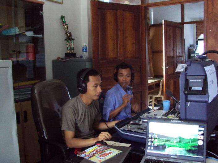 Kriisiradio toimii Indonesiassa.