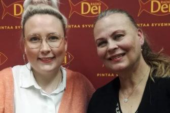 Jippu ja Anne Pohtamo-Hietanen pohtivat naiseuttaan Radio Dein Herätys!-aamulähetyksessä tänään tiistaina.