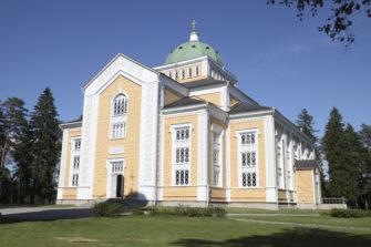 Kerimäen kirkko oli vuonna 2019 yksi suosituimmista Tiekirkoista. Kerimäen kirkko on Suomen suurin kirkkotila, jossa on istumapaikat noin 3300 ihmiselle. Kirkko on valmistunut vuonna 1847. Kuva: Sari Savela