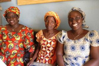 Kamerunilaisen radioaseman työntekijöitä.
