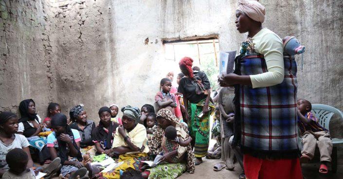 Lukutaitoluokka Malawissa